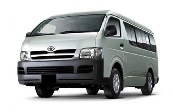 xe-toyota-hiace (600 x 390)